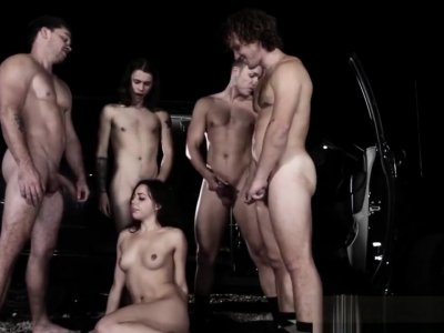 Kinky Teen Slut Blowbangs