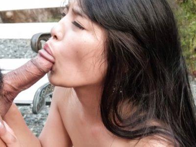 Delicious Eririka Katagiri sucks and fucks outdoor