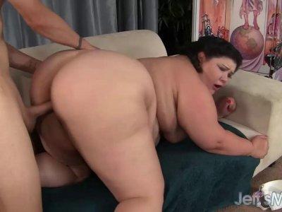 BBW lady Juicy Jazmynne gets doggystyled