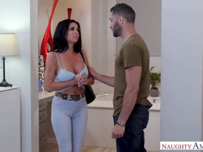 My Friend's Hot Mom – Veronica Avluv 2