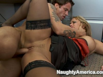 Curvy slut Shyla Stylez wearing black stockings fucks her employee in her office
