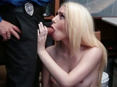 Joseline Kelly blowjob the Officer