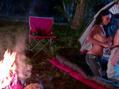 Mikayla Mendez likes fucking her boyfriend outdoors at night