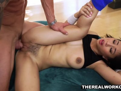 Jade's sexy ass bounces off her trainer's cock like a delicious jelly