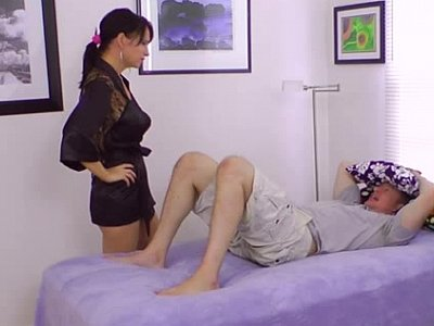 Can't resist his cock