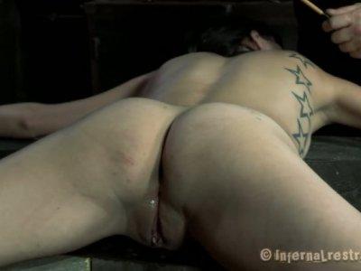 Pretty chick Juliette Black who loves extreme sex stars in BDSM scene