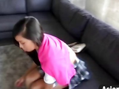 Shaved pussy of Asian girlfriend filled on couch