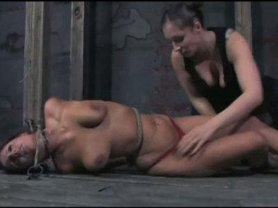 Curvy brunette beauty has a BDSM fun in the basement