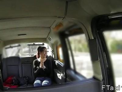 Spanish amateur anal bangs in fake taxi
